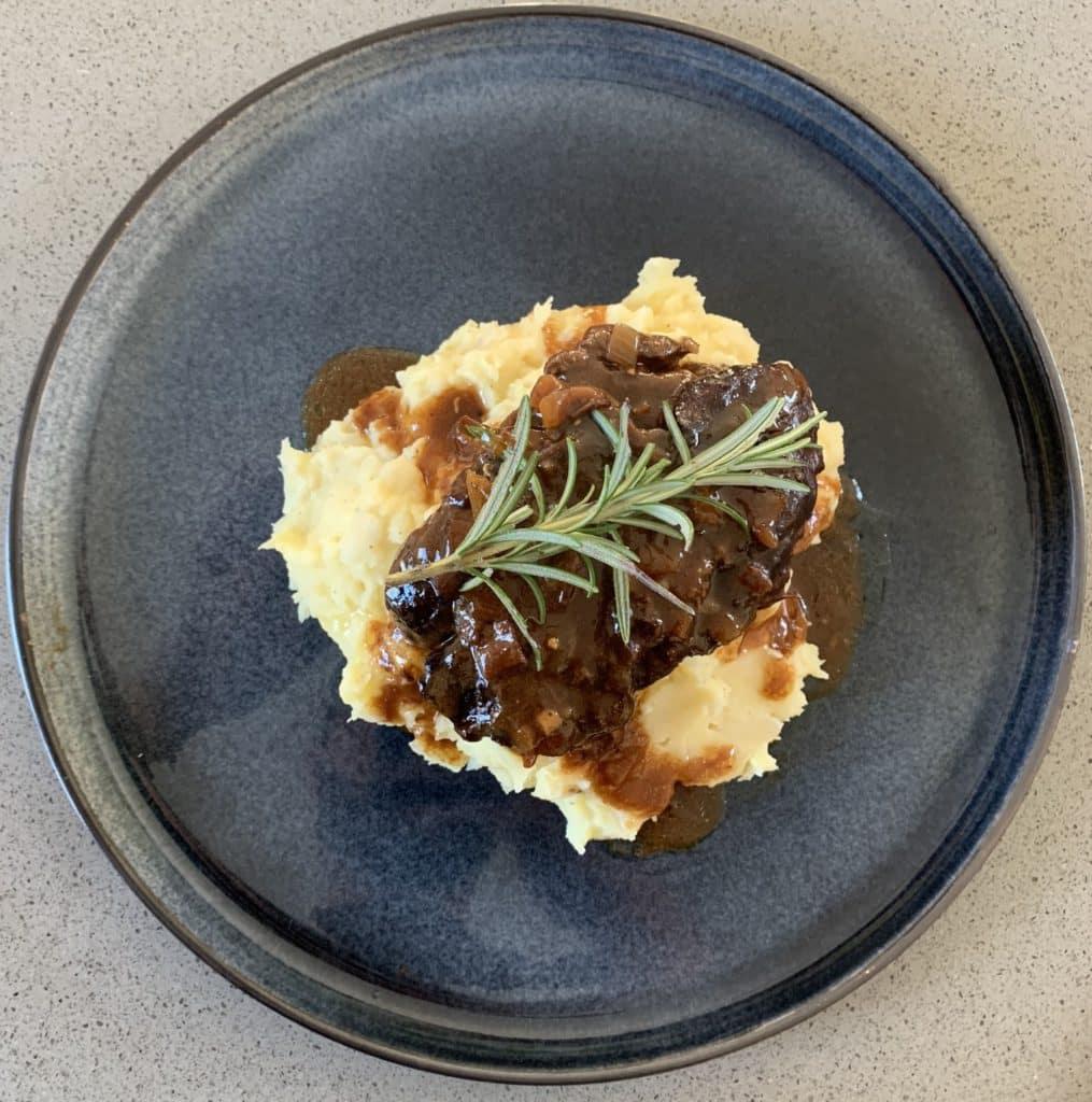 Knolselderijpuree-met-stoofvlees