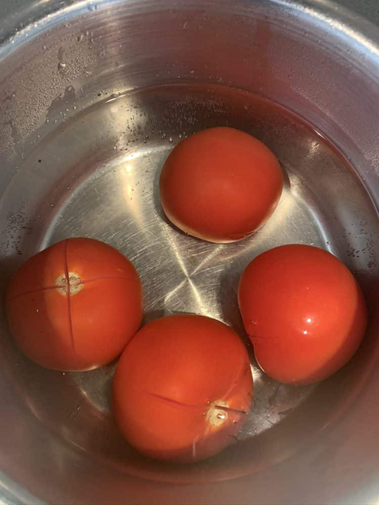 Hoe ontvel ik tomaten 2