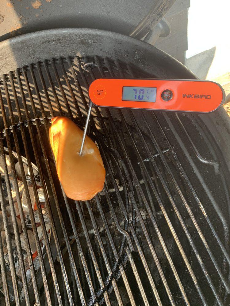 Gerookte kip van de bbq temperatuur