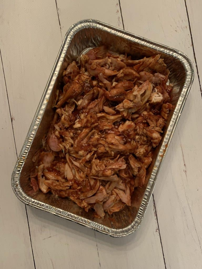 kip voor pulled chicken gemengd met cola bbqsaus