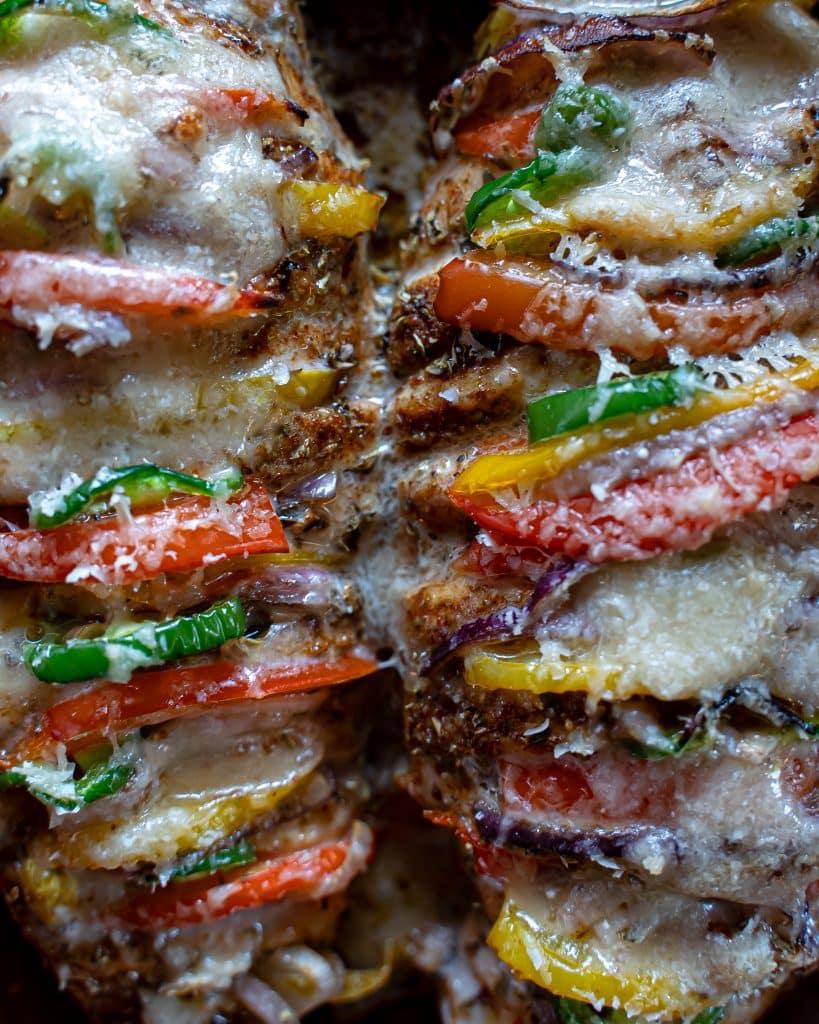 Hasselback-chicken-met-paprika-en-jalapeno